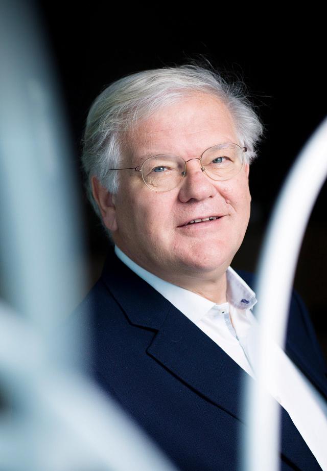 Stefaan De Clerck: Chairman of the Proximus Board <em>(1)</em>